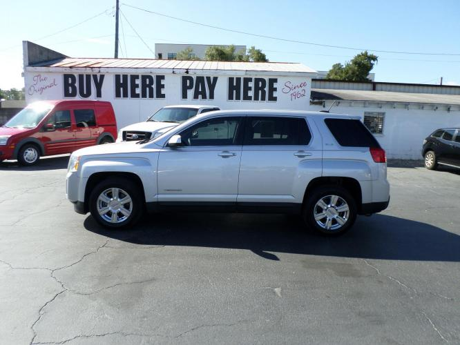 2015 GMC Terrain SLE1 FWD (2GKALMEK0F6) with an 2.4L L4 DOHC 16V FFV engine, 6-Speed Automatic transmission, located at 6112 N Florida Avenue, Tampa, FL, 33604, (888) 521-5131, 27.954929, -82.459534 - Photo #0