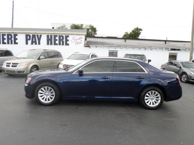 2013 Chrysler 300 RWD (2C3CCAAG6DH) with an 3.6L V6 SOHC 24V engine, 8-Speed Automatic transmission, located at 6112 N Florida Avenue, Tampa, FL, 33604, (888) 521-5131, 27.954929, -82.459534 - Photo #0